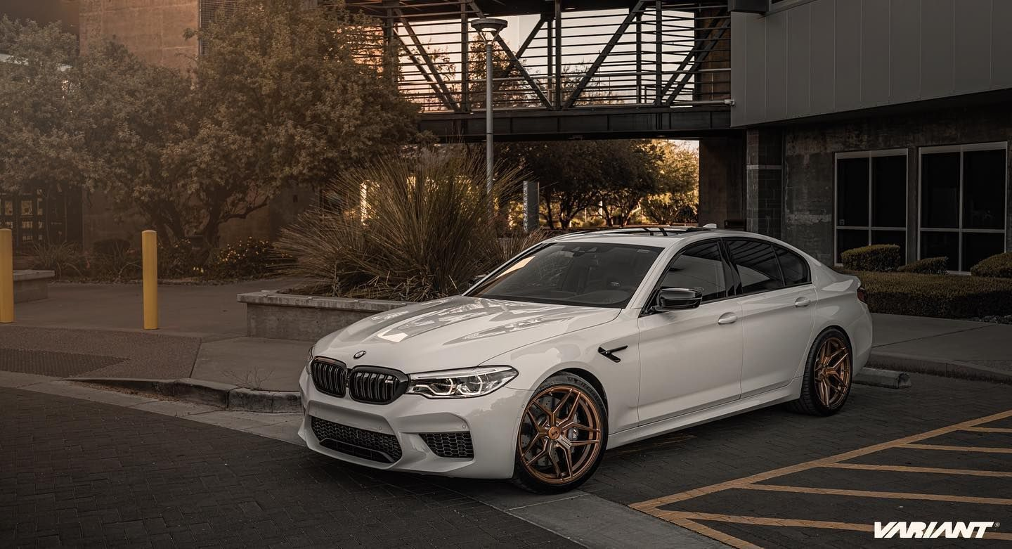 Bmw M5 F90 Competition White With Bronze Variant Xenon Wheel Front